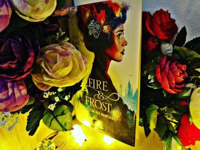 """""""Fire & Frost: Vom Eis berührt"""" von Elly Blake Rezension"""