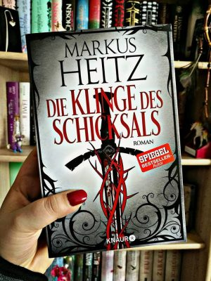 """Rezension zu """"Die Klinge des Schicksals"""" von Markus Heitz Rezensionsexemplar"""