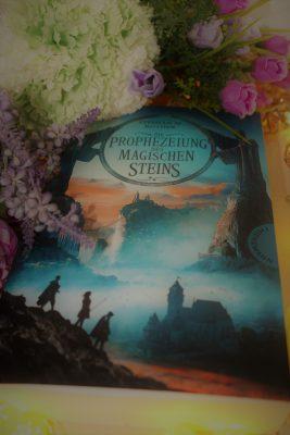 """Rezension zu """"Die Prophezeiung des magischen Steins"""" von Stephan Rother Werbung (Verlinkung) / Rezensionsexemplar"""